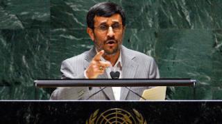 Фото Махмуда Ахмадинежада на 65-й Генассамблее ООН