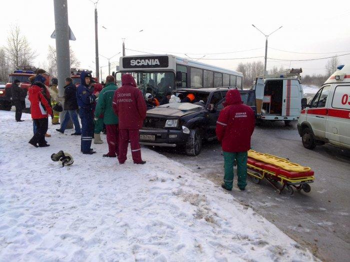 ДТП с автобусом 17.01.2014-1