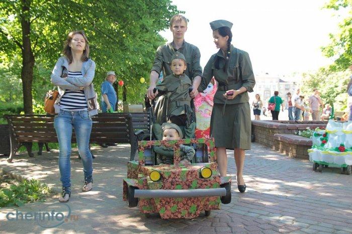 День защиты детей-2014, парад колясок1