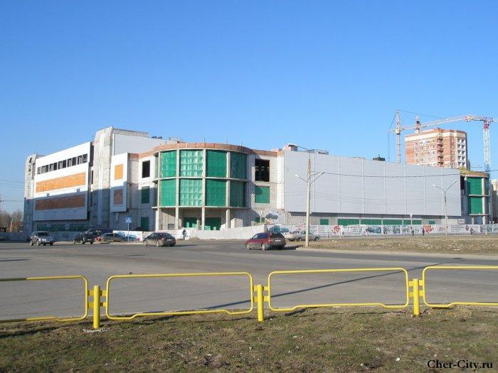 """Строительство торгового центра """"Июнь"""""""