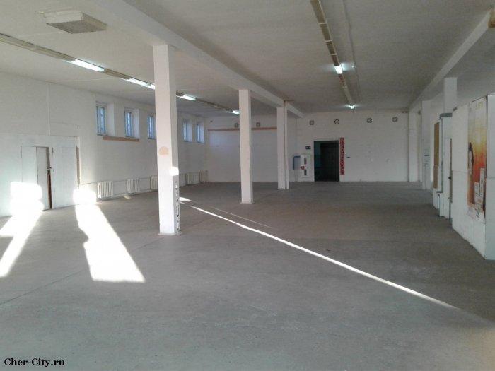 Продажа здания в Череповецком районе, второй этаж